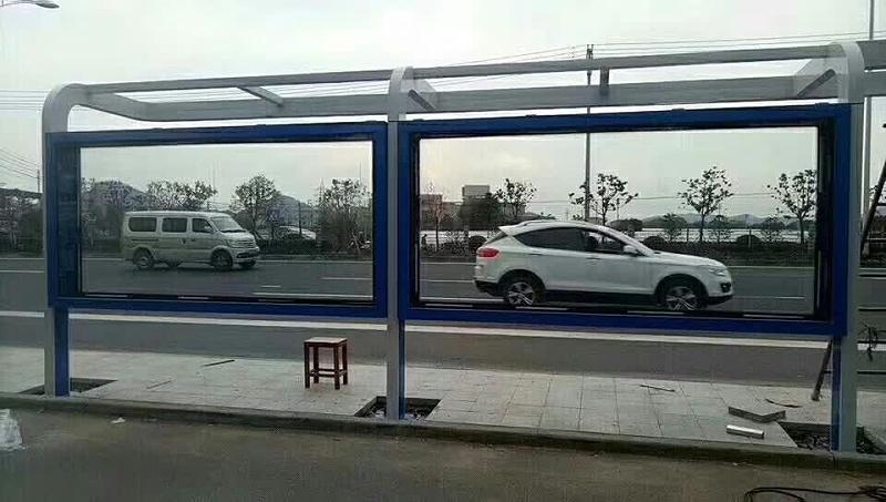 百耀定制案例:宁波公交候车亭安装中